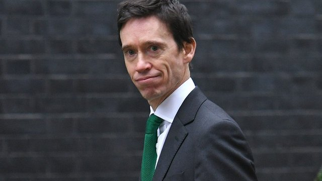 Rory Stewart apologises after making up Brexit stat