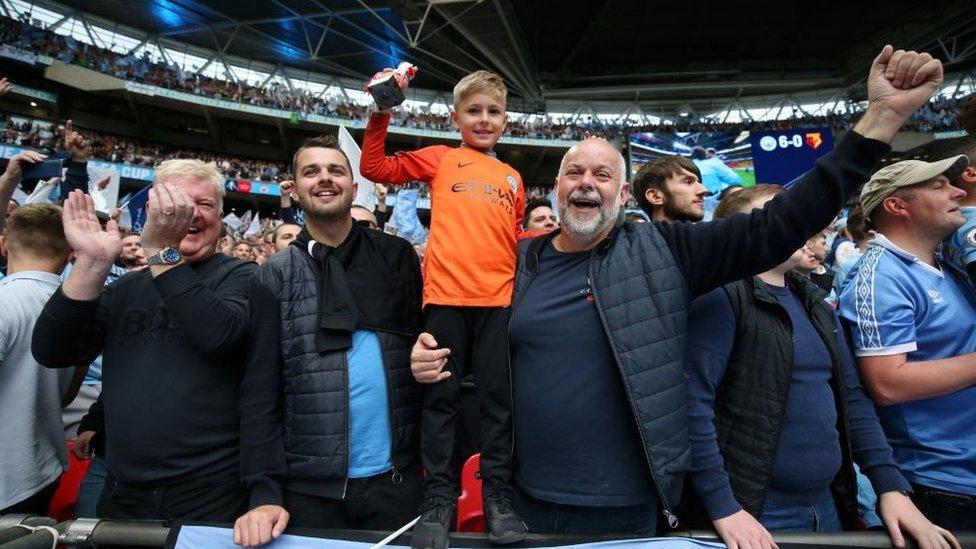 مشجعون في نهائي كأس الاتحاد الإنجليزي 2019