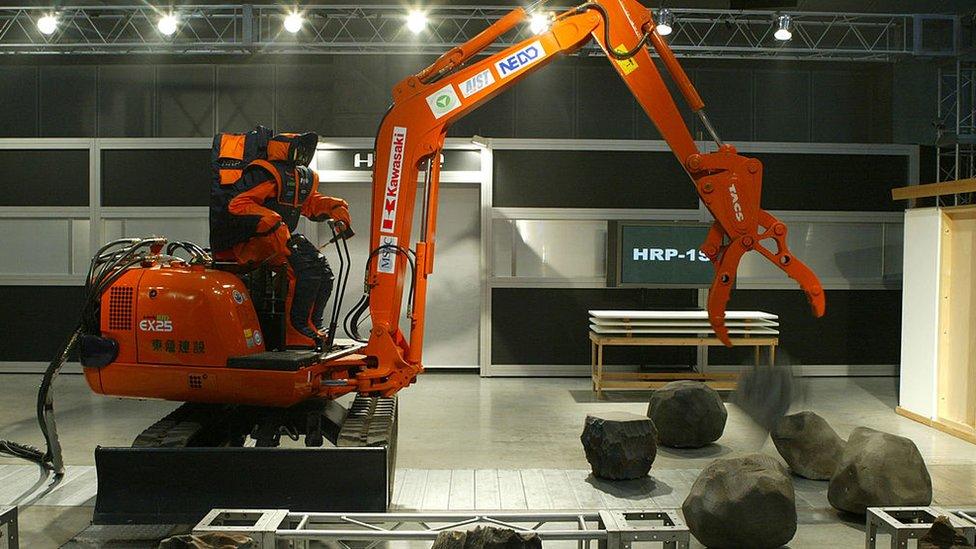 Robotlar inşaat sektöründe yaygın bir şekilde kullanılabilir