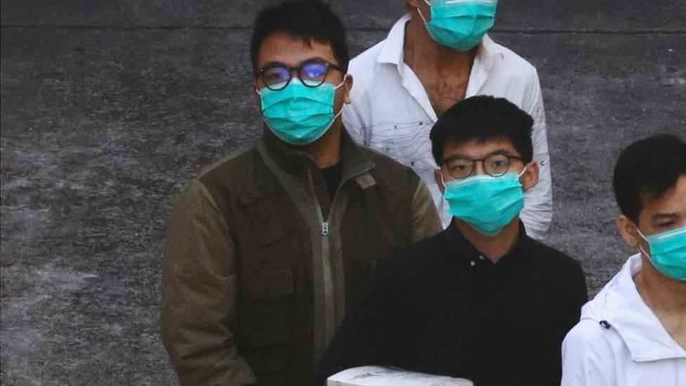 黃之鋒和林朗彥周三被押上囚車出庭聽取宣判。