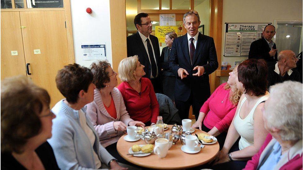英國前首相布萊爾2010年走訪賽奇費爾德