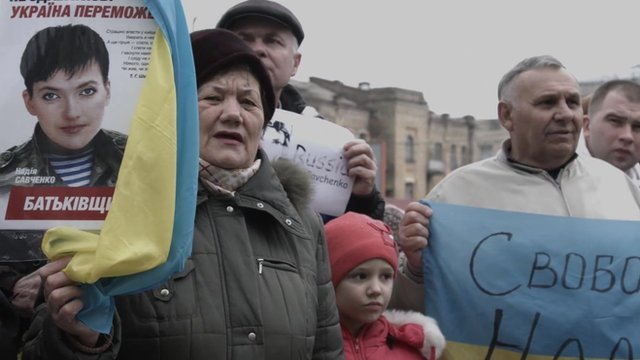Nadia Savchenko's supporters outside the Russian embassy in Kiev