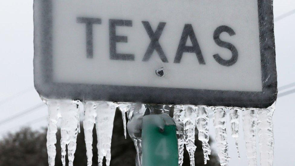Cartel de Texas congelado.