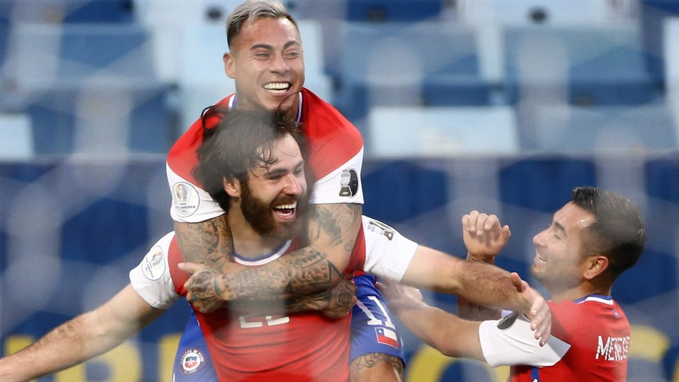 Celebración del gol de Chile