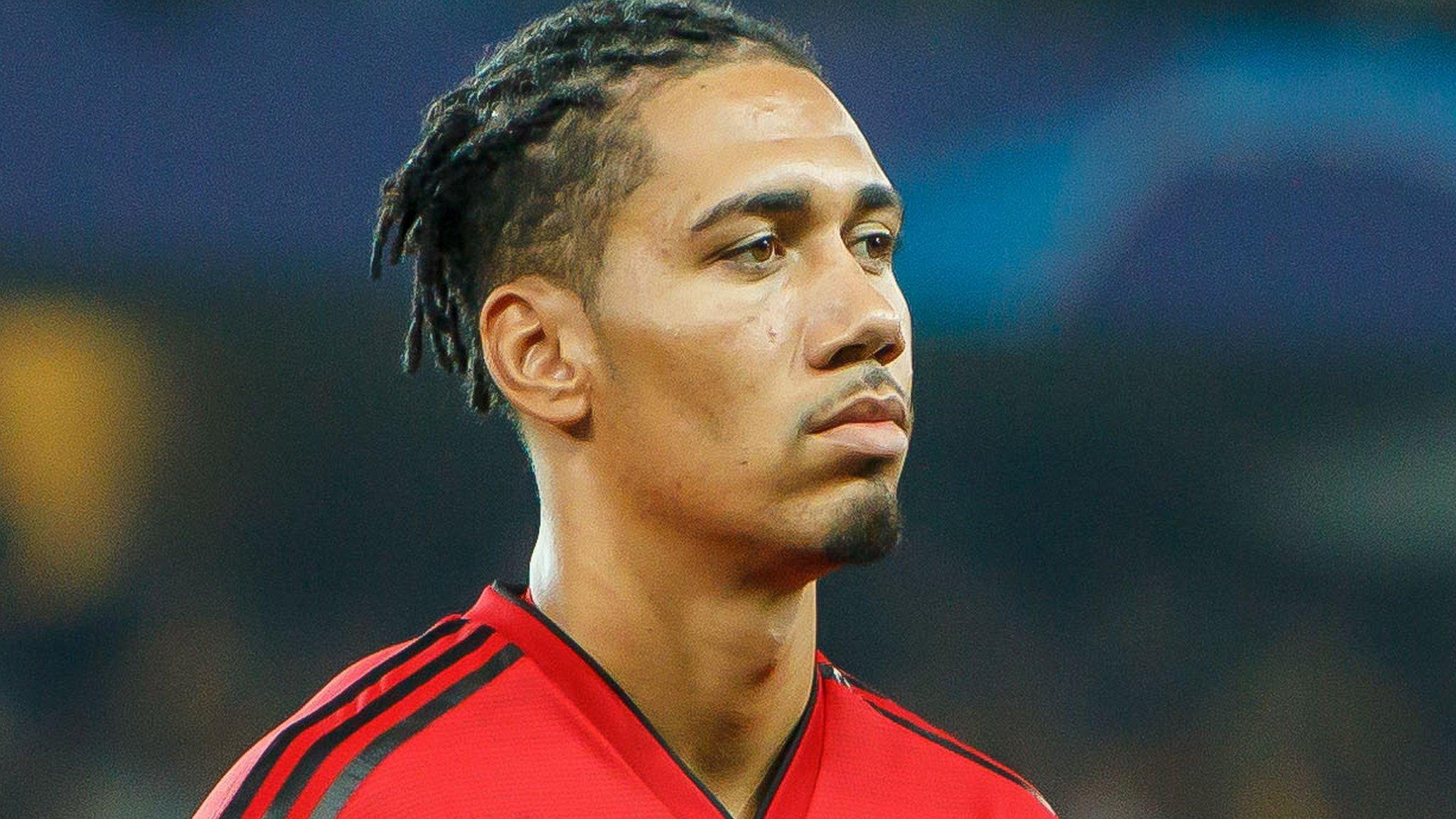 Gossip: Smalling set to sign new Man Utd deal