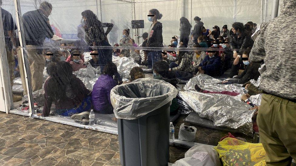 Campamento para migrantes Donna, en Texas, el 22 de marzo.