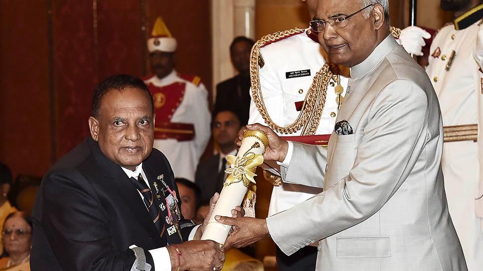 President Ram Nath Kovind presenting Padma Shri award to Murlikant Rajaram Petkar, India's first Paralympic Gold Medallist during the Civil Investiture Ceremony, at Rashtrapati Bhawan