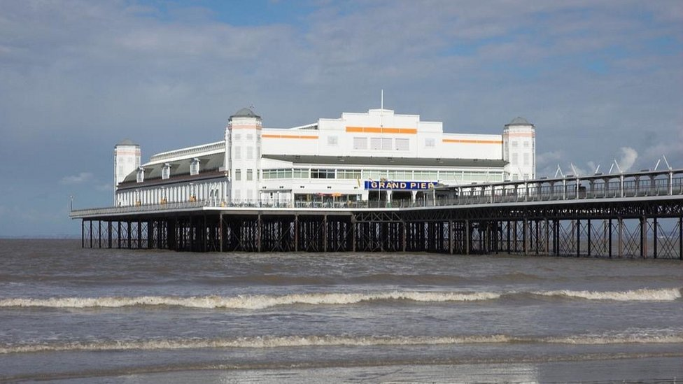 The pier was re-built in 1933.