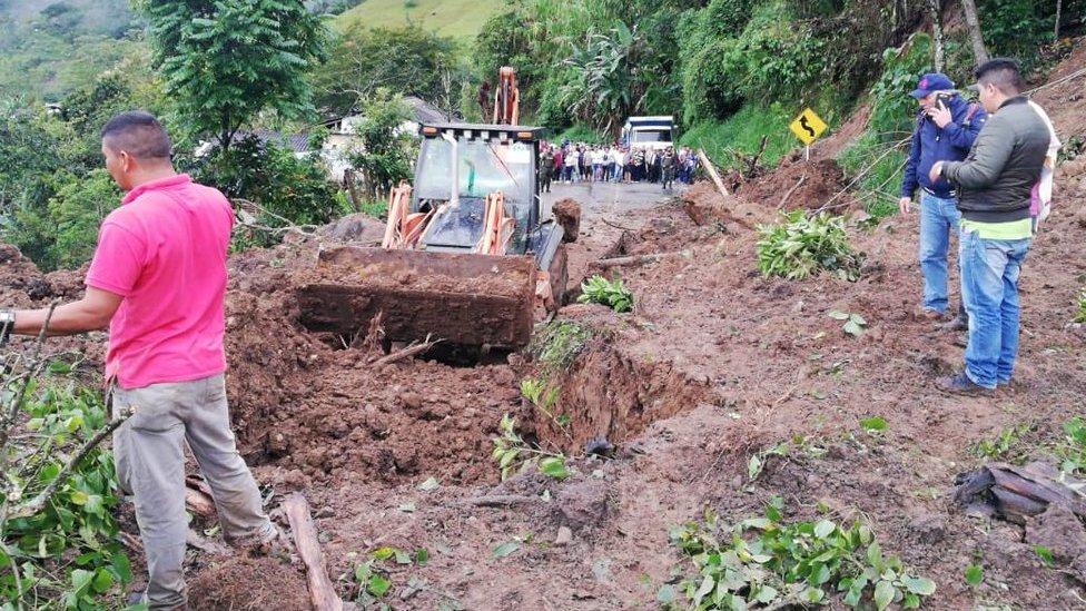 Al menos 17 muertos por un deslave en Rosas, en el sur de Colombia