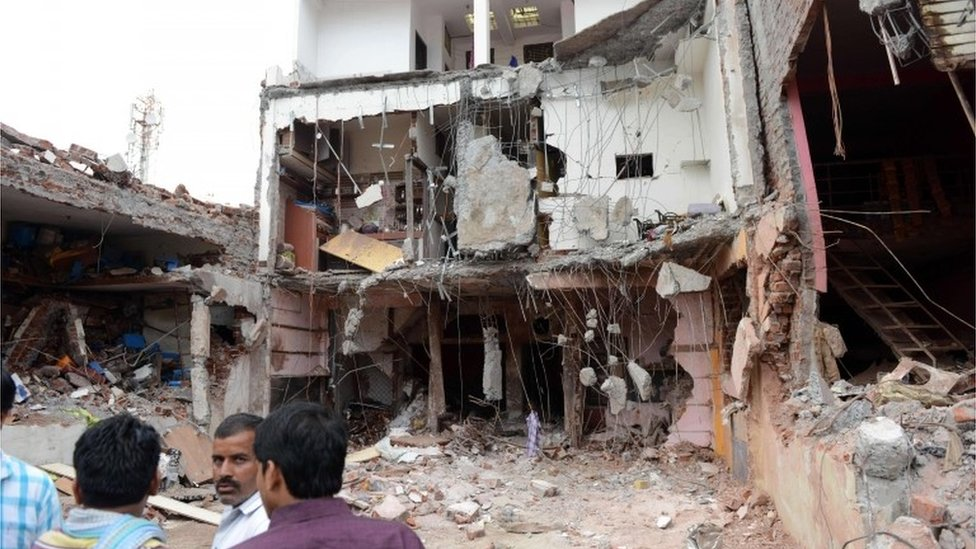 Aftermath of Indian Madya Pradesh restaurant blast, 12 September 2015