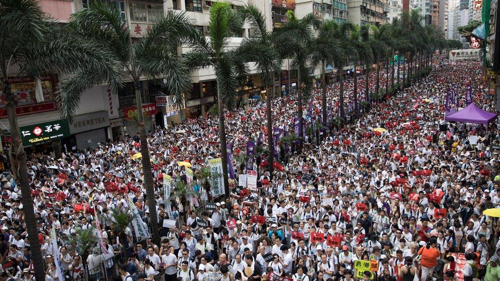 Hari minggu (09/06) merupakan salah satu protes terbesar dalam sejarah Hong Kong, 9 Juni 2019
