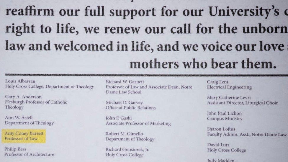 Manifiesto contra el aborto firmado por Barrett.