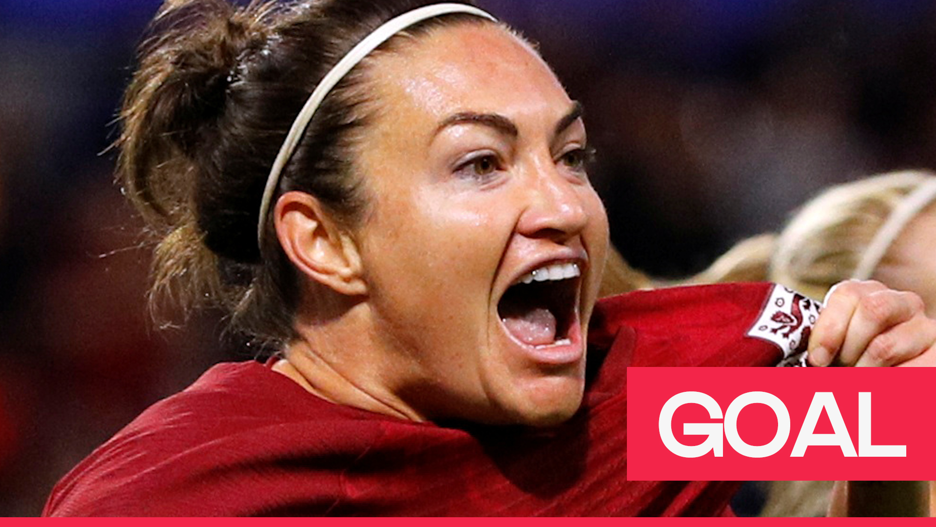 Women's World Cup: Jodie Taylor caps a sweeping move as England break the deadlock