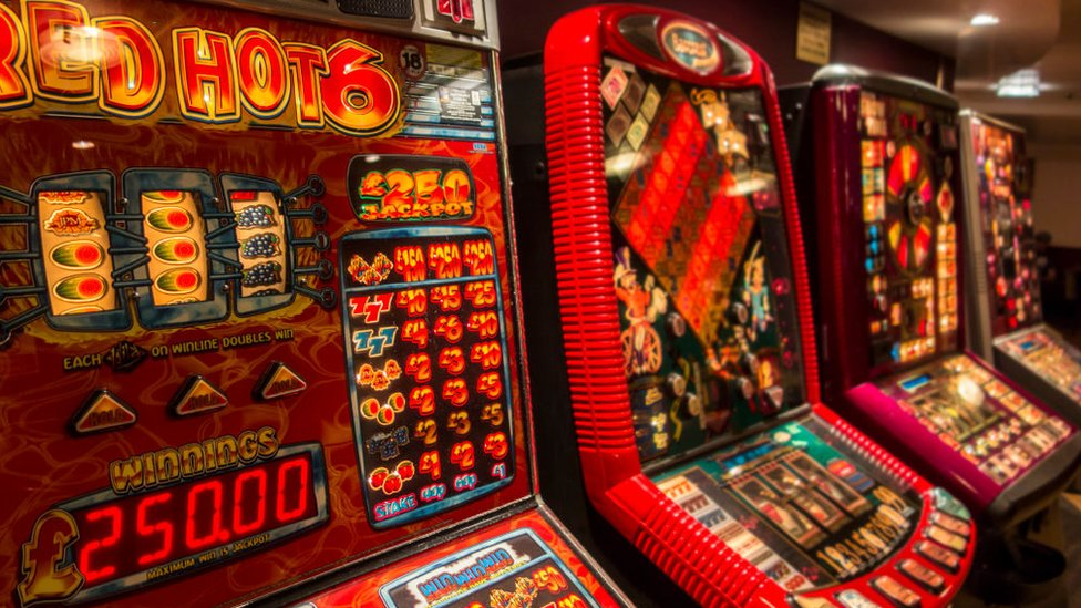 Pubs fail to stop underage gambling, watchdog warns