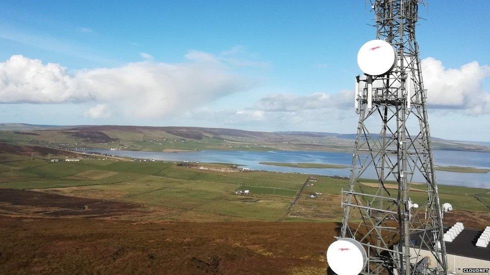 Keelylang Hill mast