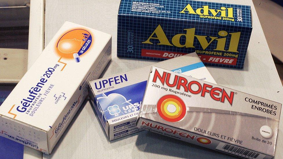Medicamentos analgésicos de uso común basados en ibuprofeno.