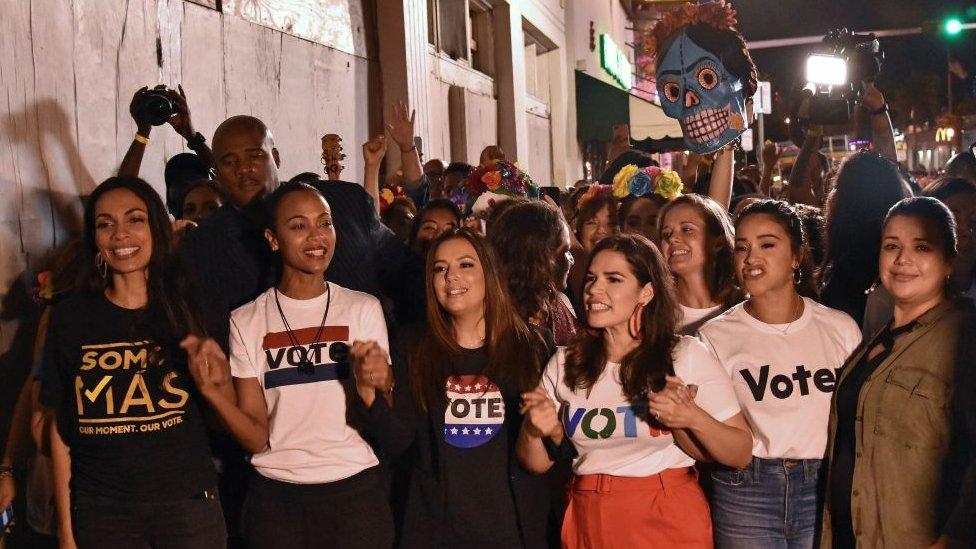 Activistas del voto latino.