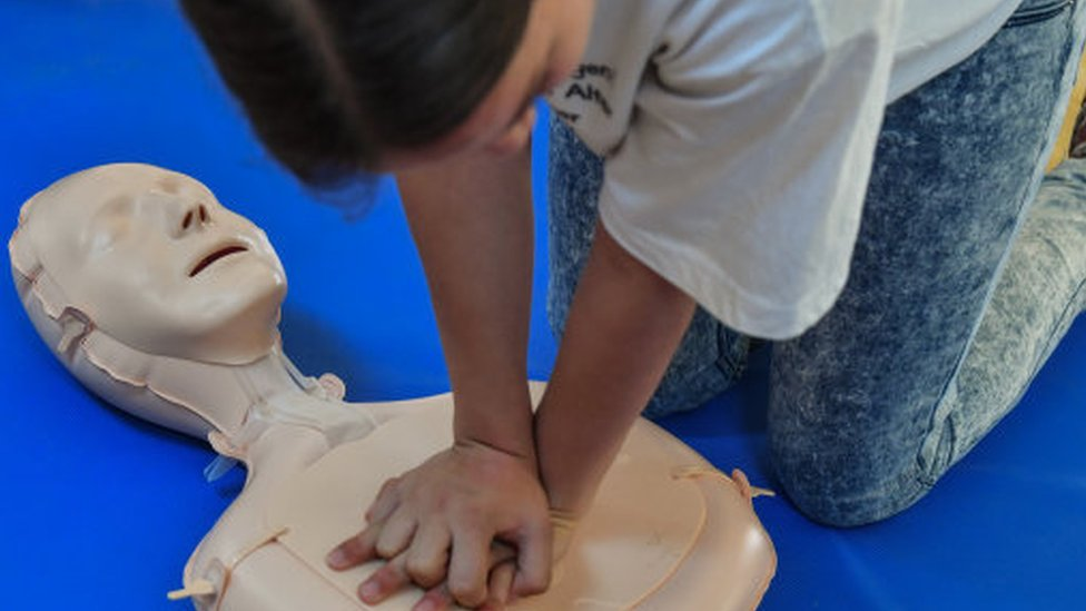 Plan to teach all children first aid