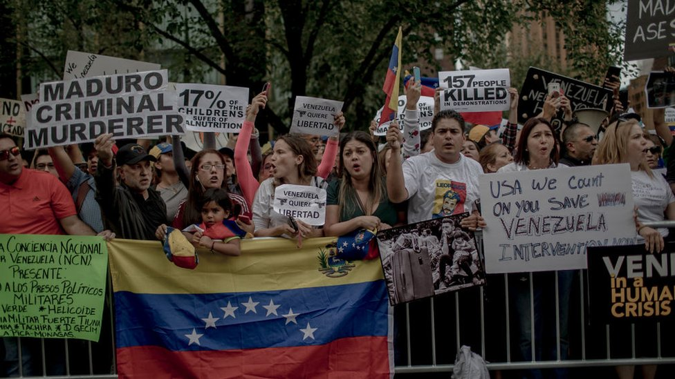 Some Venezuelans in the US want the White House to take action to improve the situation at home