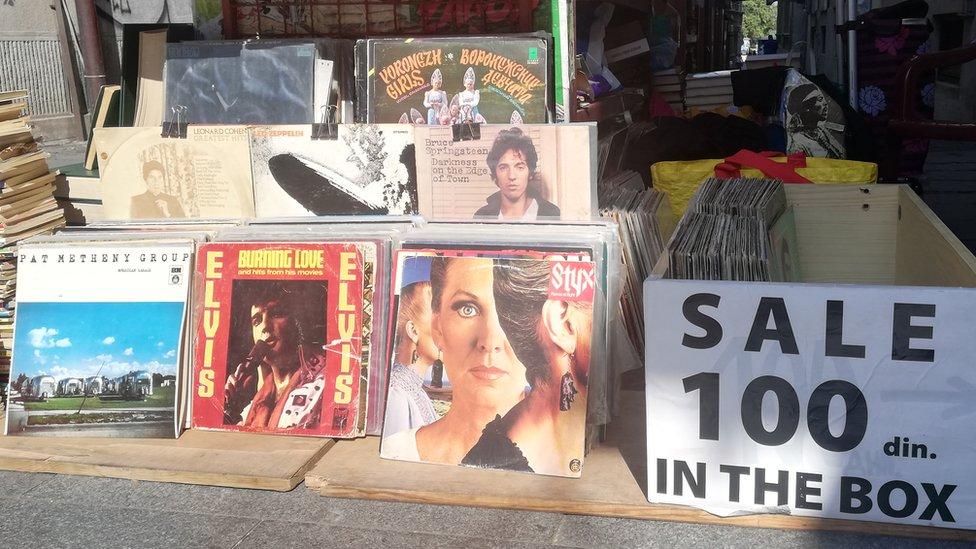 Tezga sa pločama u Beogradu