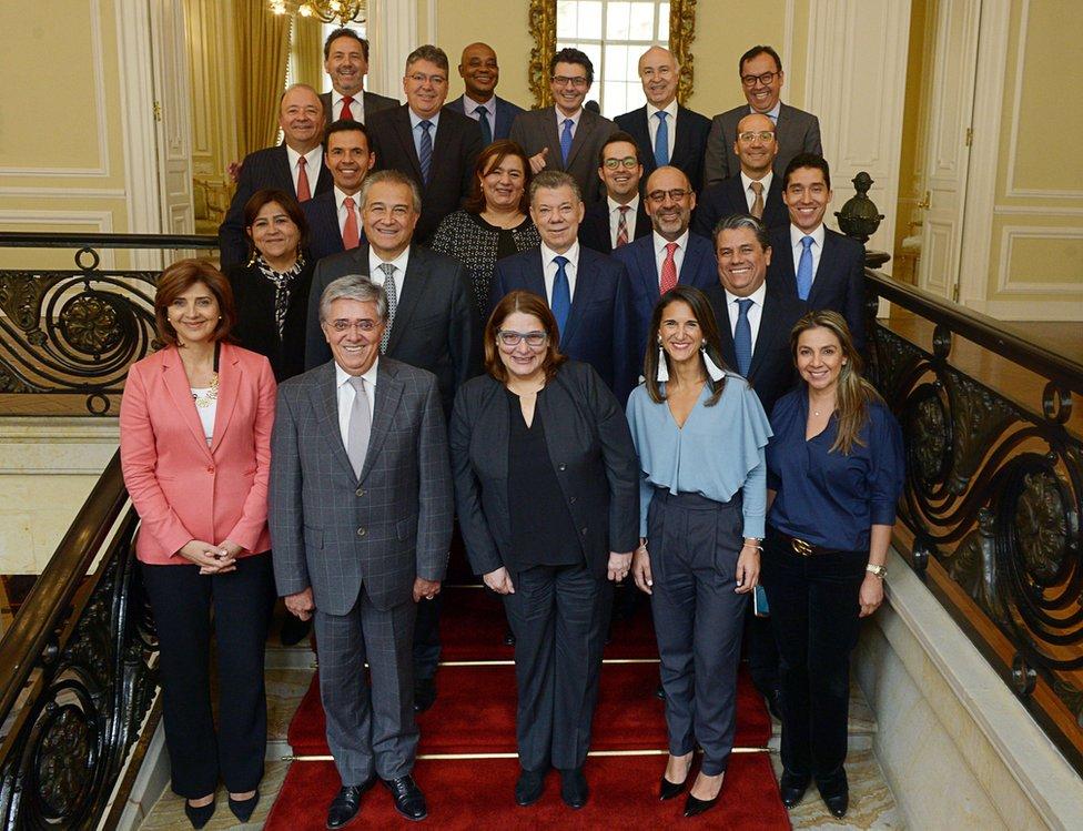 Santos y su gabinete