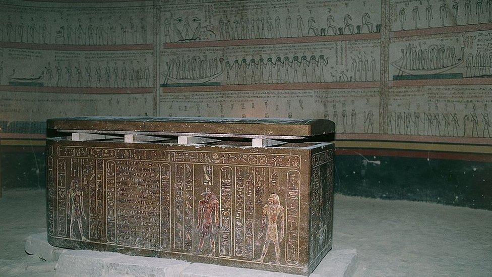 مقبرة الملك تحوتمس الثالث