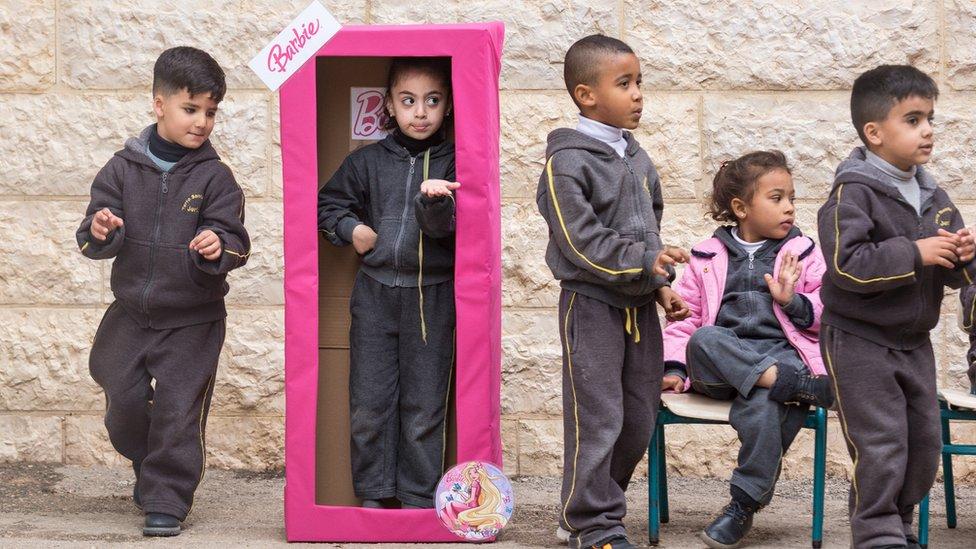 أطفال في مدرسة الراعي الصالح بالضفة الغربية
