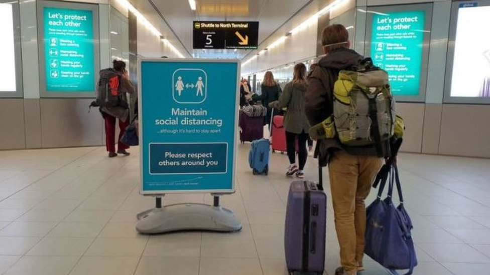 Covid-19: NI Executive to publish latest travel rules thumbnail