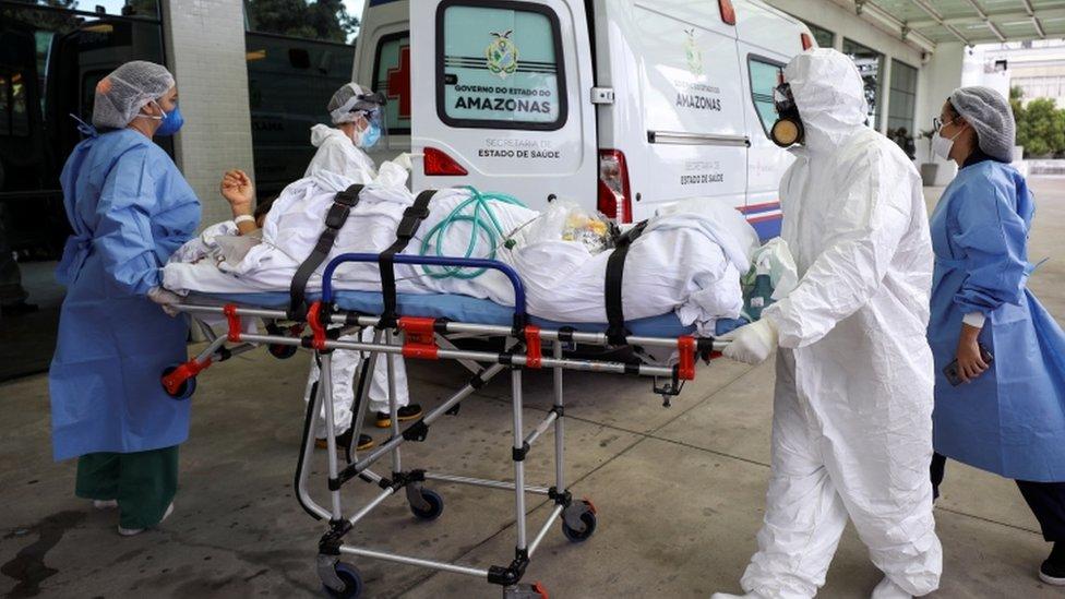 paciente em ambulância