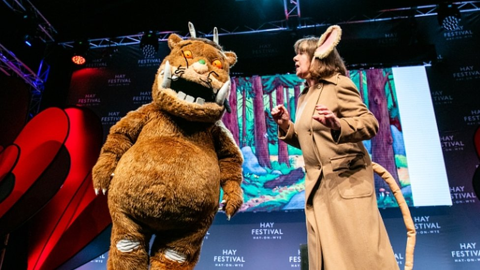 Gruffalo joins Julia Donaldson on Hay Festival stage