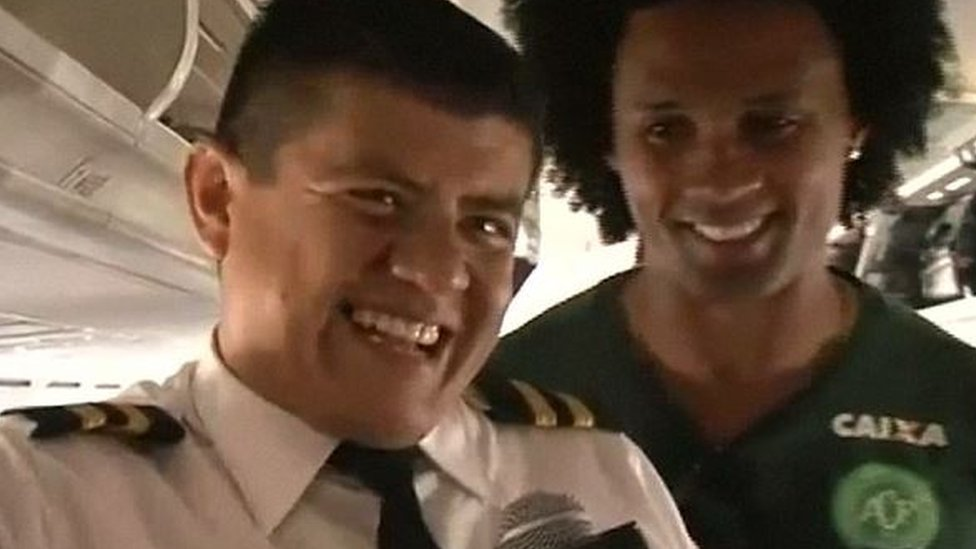 Screen grab of interview with a member of a cabin crew member and striker Everton dos Santos Goncalves