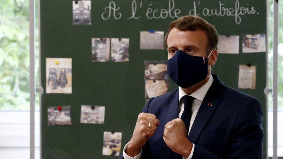 Macron.
