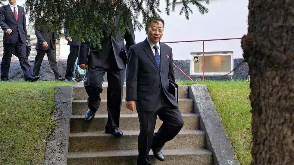 Kim Myong-gil, enviado de Corea del Norte a Suecia.