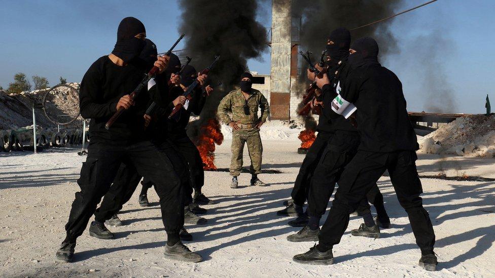 """""""Я не знал, что придется воевать"""". Би-би-си нашла наемника из Сирии в Карабахе"""