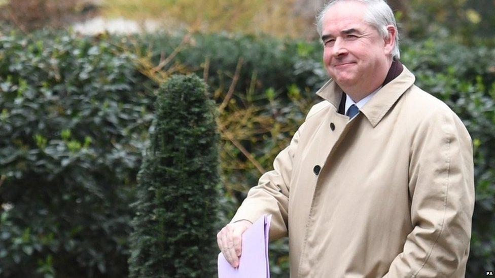 Britanski državni tužilac Džefri Koks
