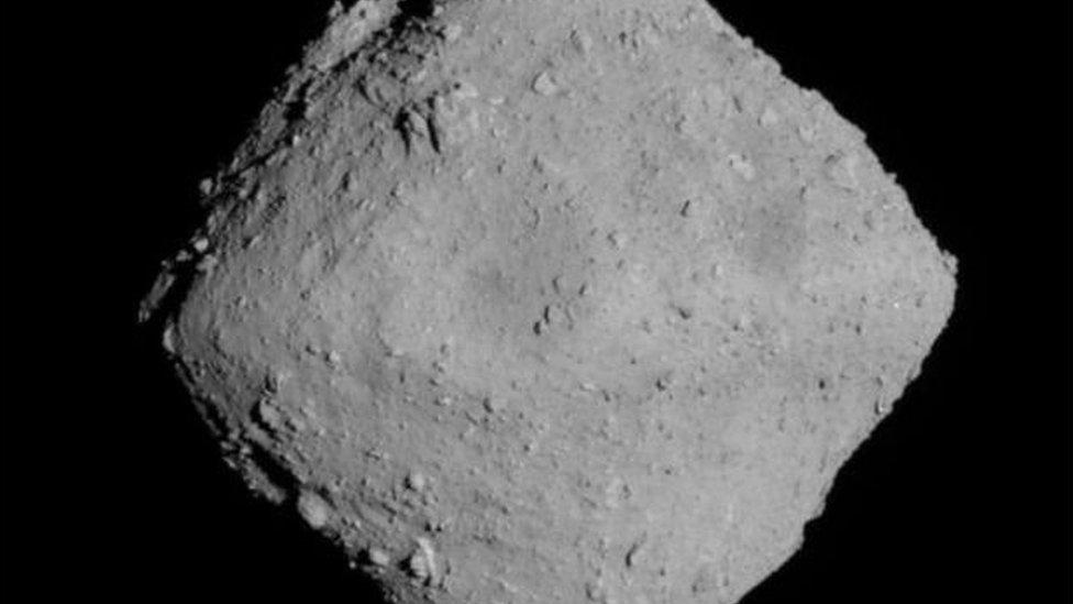 هايابوسا-2 وصل الكويكب في يونيو/حزيران