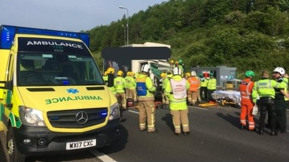 M5 near Bristol shuts after four-vehicle crash
