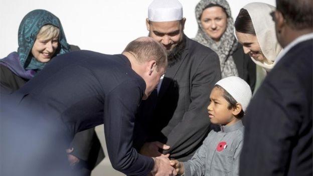 الأمير وليام يزور مسجد في كرايست تشيرتش