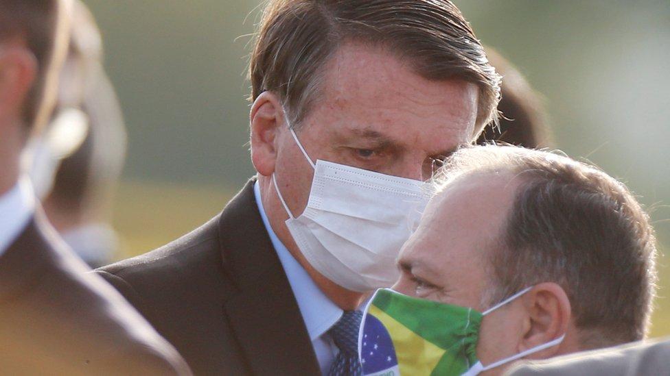 Bolsonaro diz que fará novo teste para covid-19