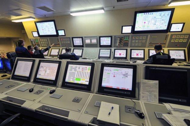 Ruang kontrol utama di PLTN terapung.