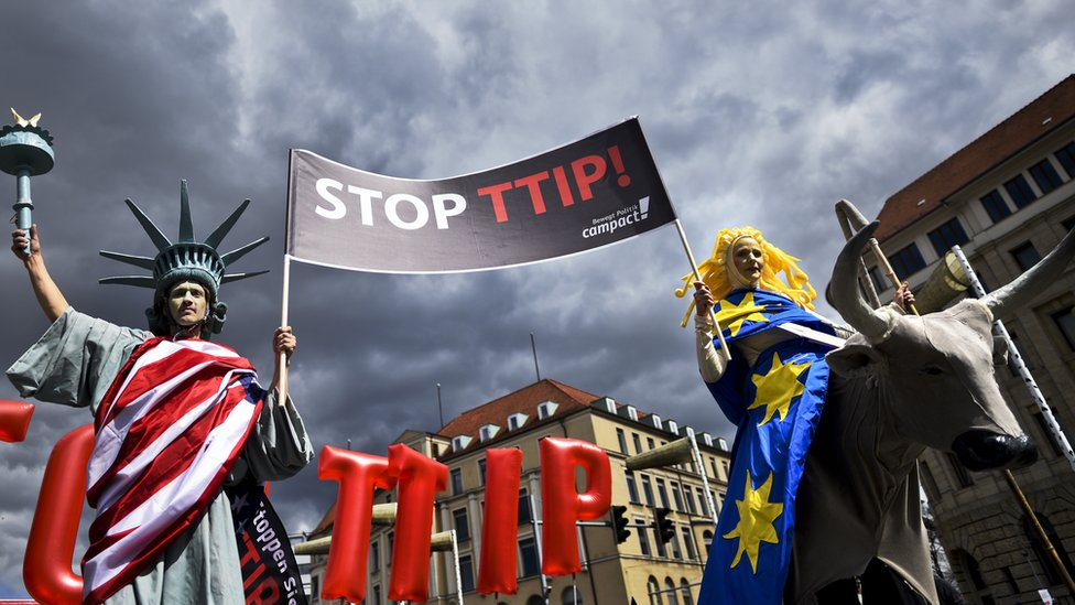 Protesters rally in Germany against TTIP
