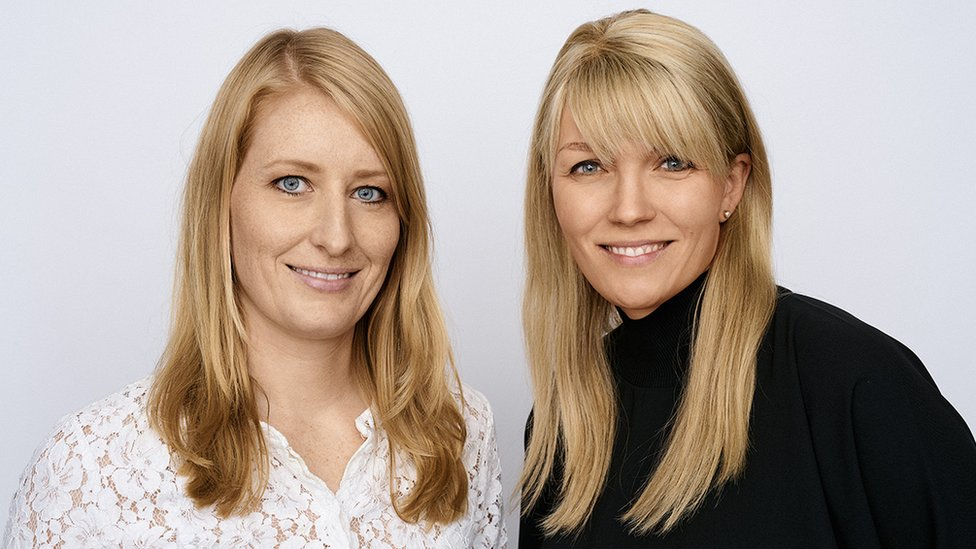 Outfittery founders Julia Bösch (left) and Anna Alex