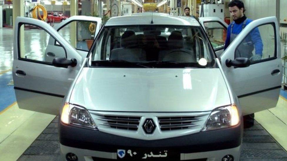 سيارات رينو لوجان المصنوعة في إيران