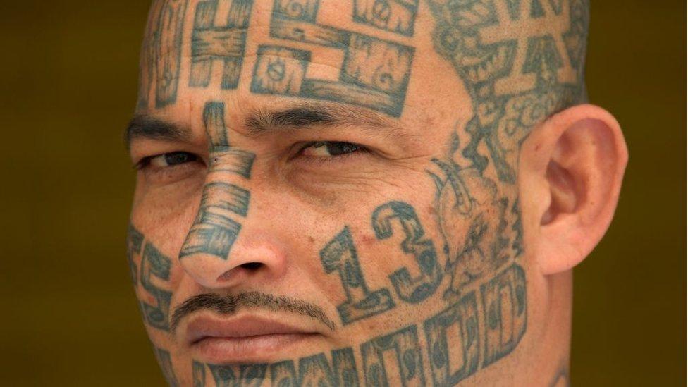 Un exmiembro de la Mara Salvatrucha desde una prisión de San Salvador