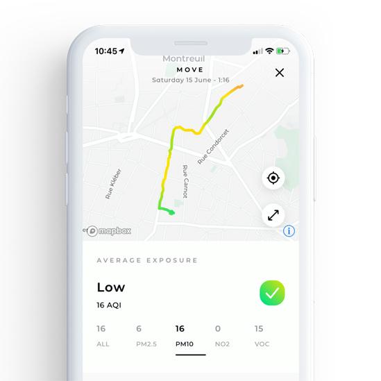 Pantalla de un celular con un mapa de Plume Labs