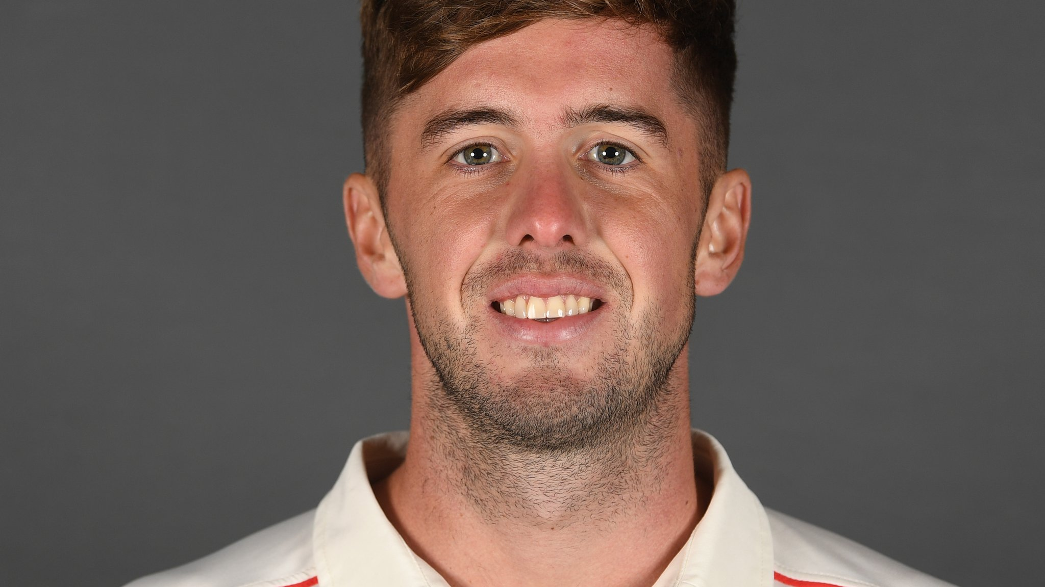 Toby Lester: Warwickshire sign Lancashire bowler on one-month loan