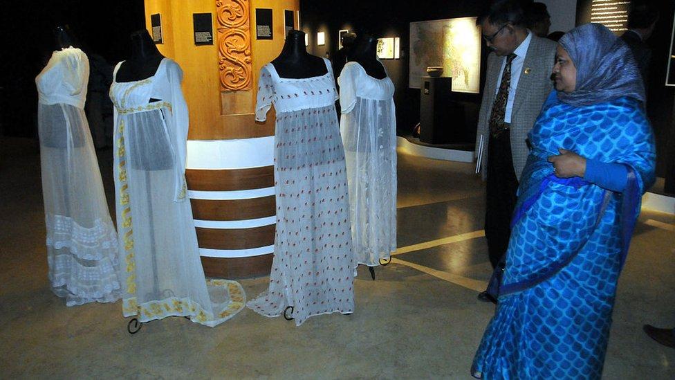 Exhibición de vestidos muselina en el Festival de Muselina en Dhaka en 2016.