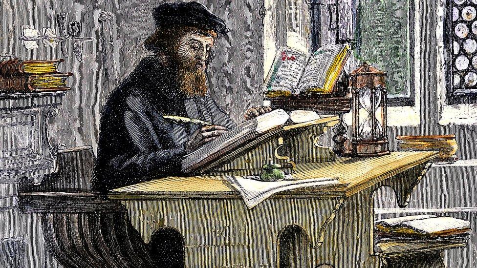 John Wycliffe traduciendo