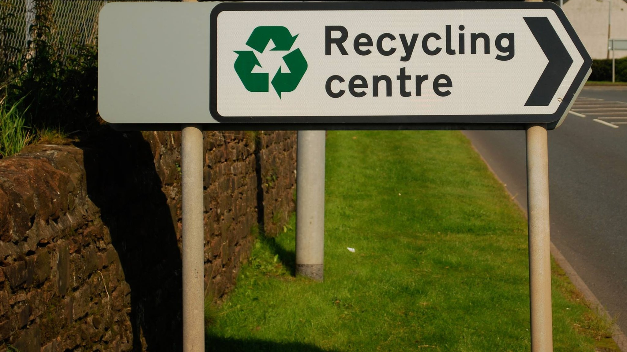 Contract row could hit Dumfries and Galloway recycling sites