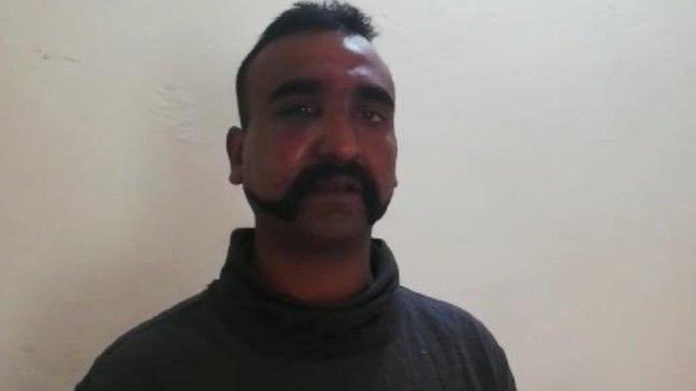 #Abhinandan विंग कमांडर अभिनंदन के बारे में अब तक ये पता है